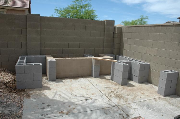 build an outdoor kitchen | kitchen idea