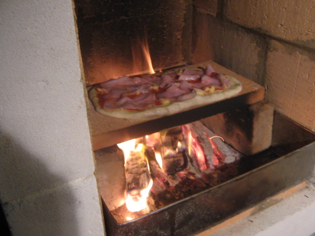 Fireplace pizza oven insert outdoor fireplaces are the best we build cooking pizza in barbicue oven need advice forno bravo teraionfo